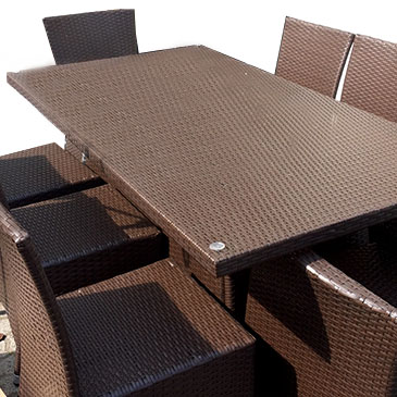 Outdoor-rattan-furniture